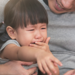 Dealing with toddler tantrums